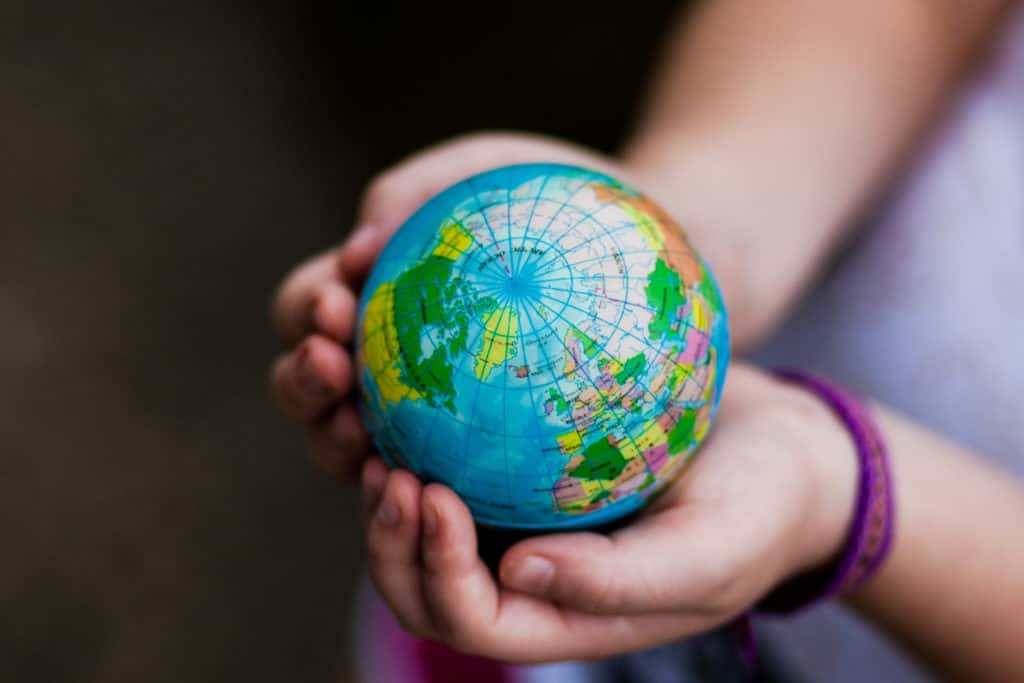 Try these super-fun and easy multicultural activities to introduce your child to their global neighbors without packing a single suitcase. #multiculturalactivitiesforkids #activitiesforkids #mommycribnotes